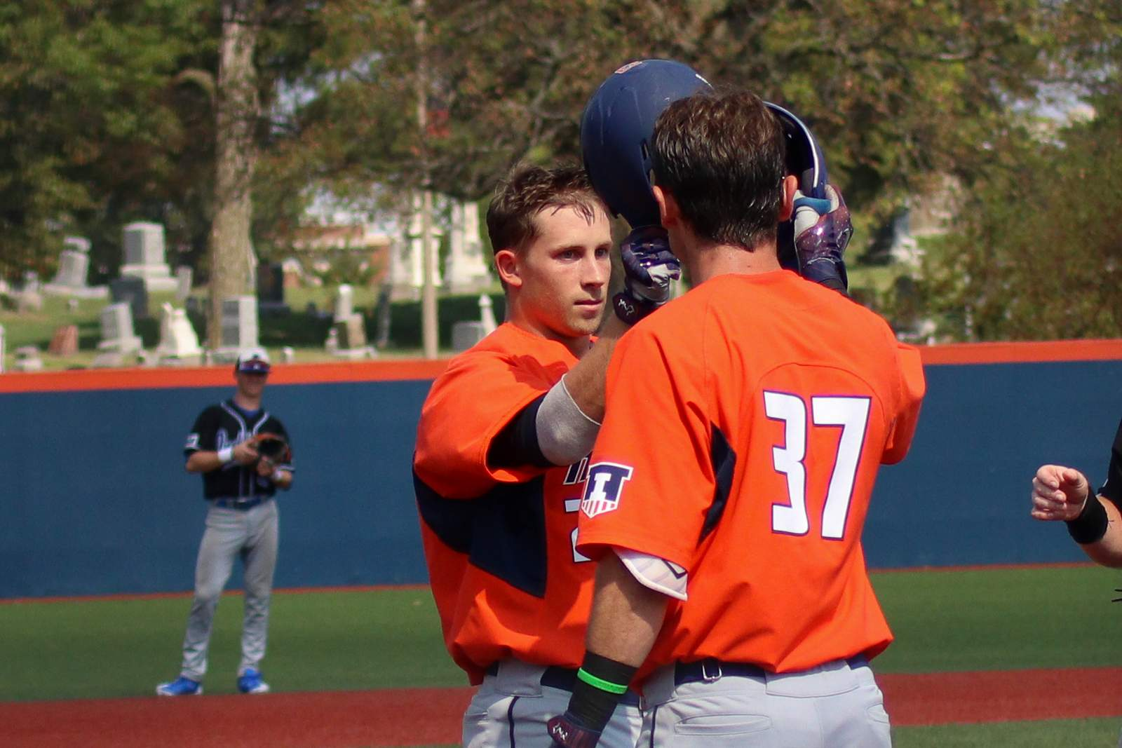 Illinois baseball rally against Sycamores falls short, 13-10
